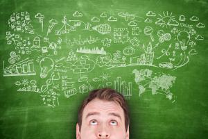 Wer eine Firma umstrukturieren will, muss die Leistungsfaktoren und Rahmenbedingungen analysieren.