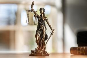 Muss der Schuldner die Gerichtskosten im Insolvenzverfahren zahlen?