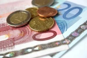 Ein Haushaltsplan hilft dabei, die laufenden Kosten eines Haushalts zu überblicken.