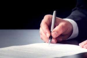 Verkürzung der Insolvenz auf 3 Jahre: Die Restschuldbefreiung muss gesondert beantragt werden.
