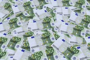 Insolvenz: Mit der Eigenverwaltung behalten Betroffene die Kontrolle über das Vermögen.