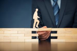 Um Insolvenzkosten zu begleichen kann u. U. Beratungshilfe für die Schuldnerberatung beansprucht werden.