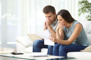 Für einen Kredit bei laufender Privatinsolvenz müssen einige Bedingungen erfüllt sein.