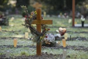Kreditschulden bei Todesfall: Wer die Erbschaft ausschlägt, muss nicht haften.