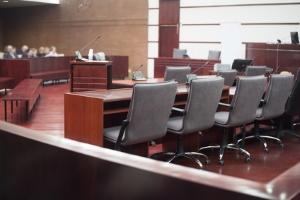 Massegläubiger kann auch das Gericht sein, wenn die Verfahrenskosten noch ausstehen.