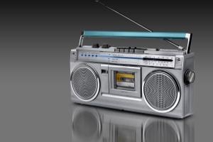 Pfändungsfreie Gegenstände: Ein Radio darf nur gepfändet werden, wenn es mehrer Geräte gibt.