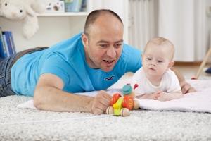 Die Pfändungsfreigrenze erhöht sich mit 1 Kind auf 1.569,99 Euro.