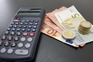Der Pfändungsrechner kann als Orientierung dienen, wie viel Geld Sie in einer Privatinsolvenz haben.