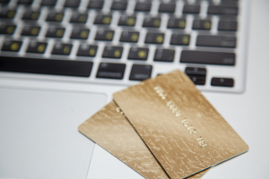 Eine Prepaid-Karte kann unter Umständen hohe Gebühren nach sich ziehen.