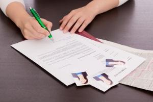 Eine der wichtigsten Regeln in der Privatinsolvenz: Der Schuldner muss sich um eine Erwerbstätigkeit bemühen.