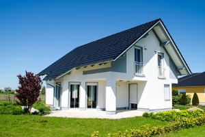 Zur Schuldenfalle können Immobilien werden, wenn diese auf Kredit gekauft wurden.