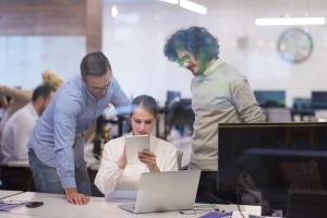 Was passiert mit den Arbeitnehmern bei einer Unternehmensinsolvenz?