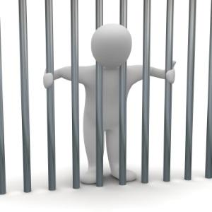 Sie können wegen Schulden ins Gefängnis gehen, wenn Sie sich weigern, die Vermögensauskunft abzugeben.