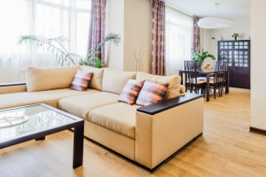 Auch Wohnungen können für Zwangsversteigerungen in Betracht gezogen werden.