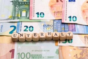 Zwangsvollstreckung: Die Dauer kann bei Unterhaltsschulden  verkürzt werden.