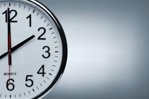 Zwangsvollstreckung von Immobilien: Der Ablauf ist geregelt. Die Versteigerung muss z. B. mindestens 30 Minuten dauern.